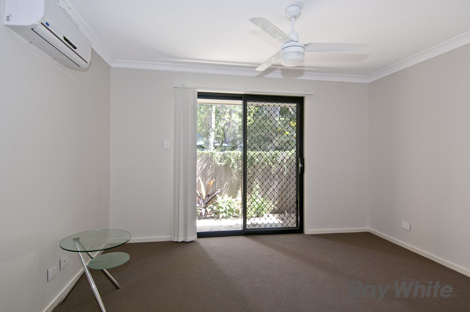 Room 4, 43B Short Street, Loganlea QLD 4131, Image 1