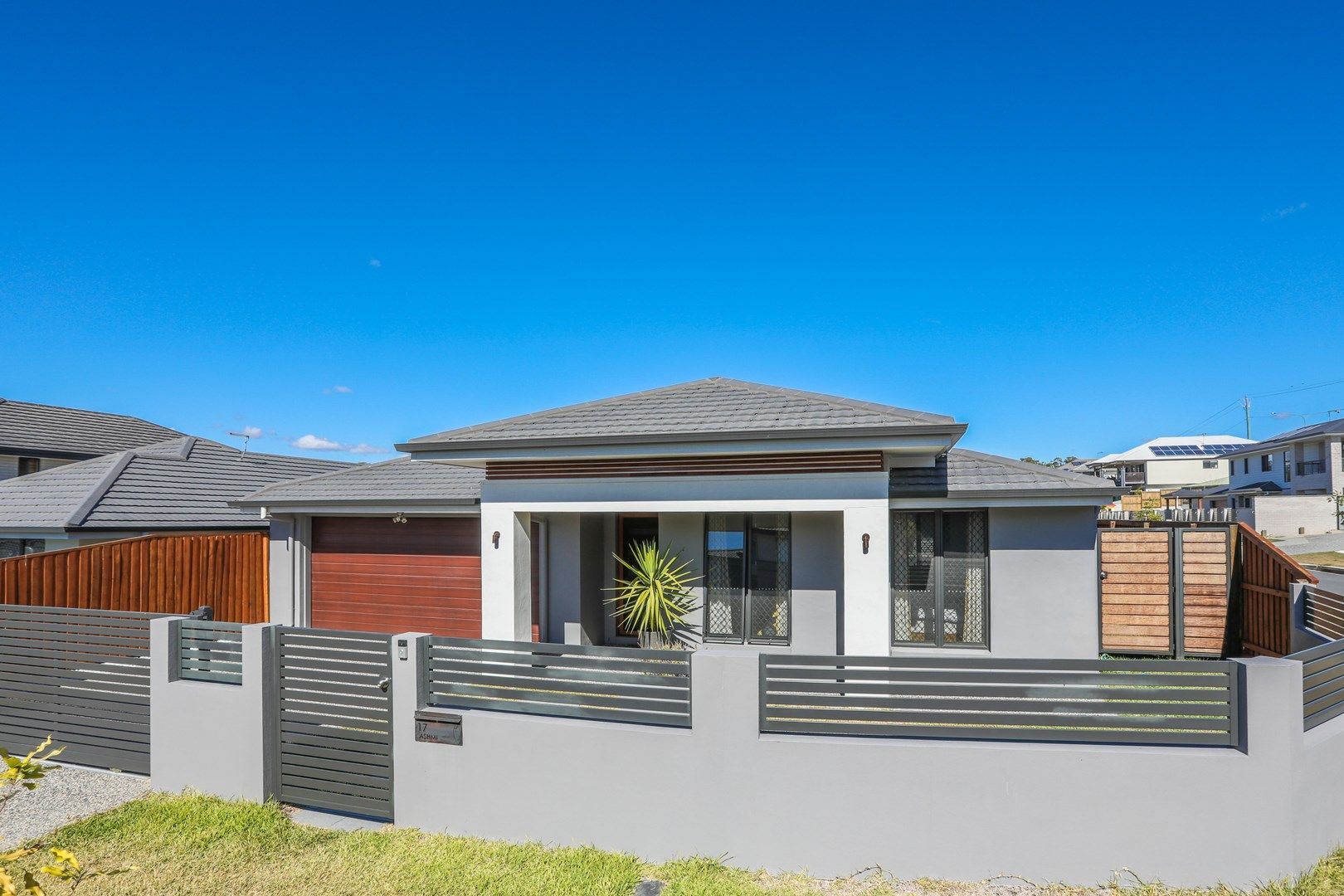 17 St Marys Close, Doolandella QLD 4077, Image 1