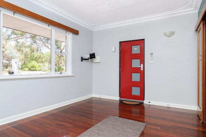 Picture of 8 Bennewith Street, HILTON WA 6163