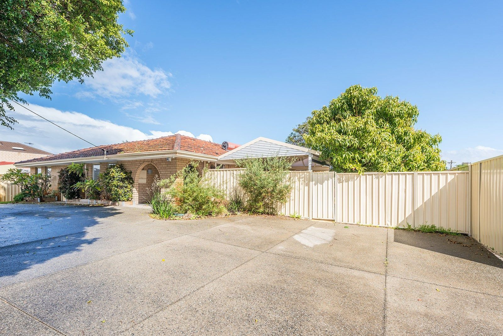31 Vahland Avenue, Riverton WA 6148, Image 2