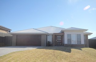 8 Dove Close, South Nowra NSW 2541