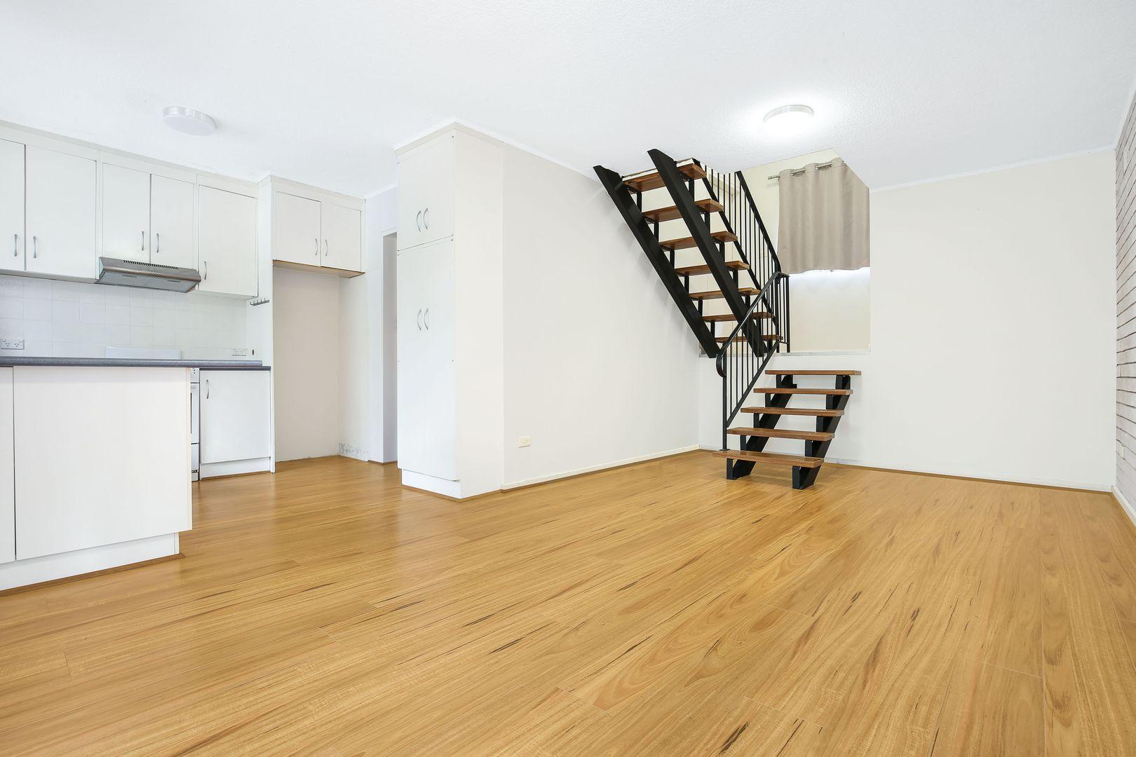 8/6 Payne  Street, Mangerton NSW 2500, Image 0