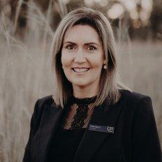 Tara Kelly, Sales Agent