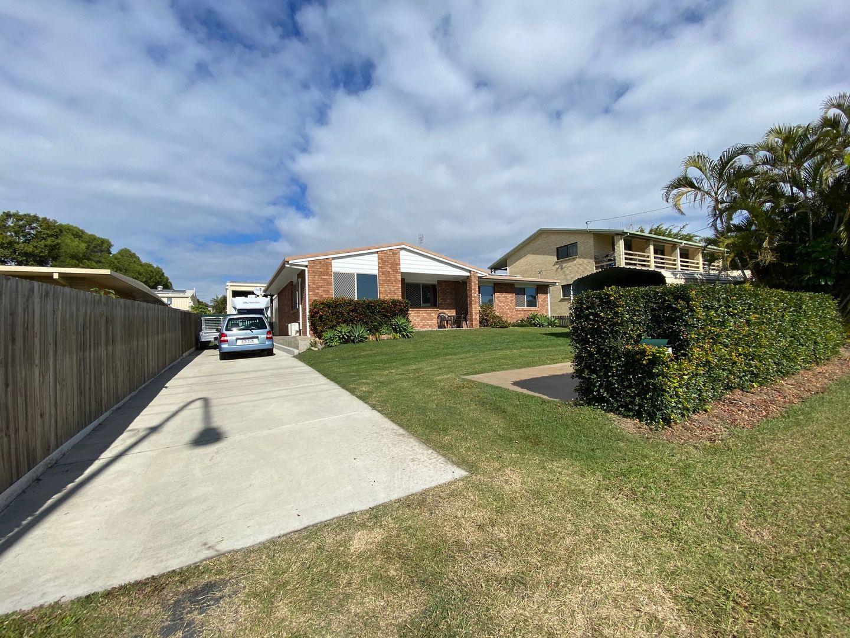 653 Boat Harbour Drive, Urangan QLD 4655, Image 0