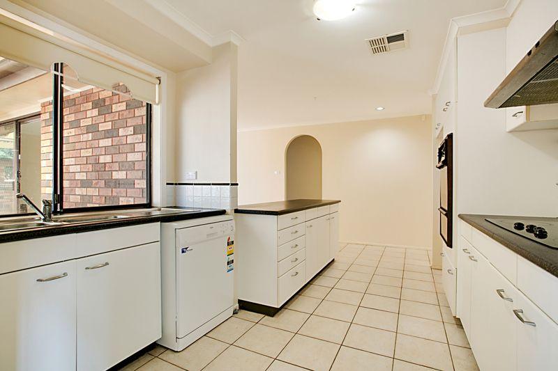 8 Rambler Place, Ingleburn NSW 2565, Image 2
