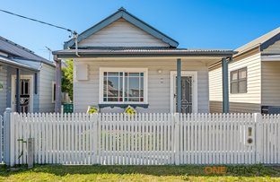 Picture of 35 Holt Street, Mayfield East NSW 2304