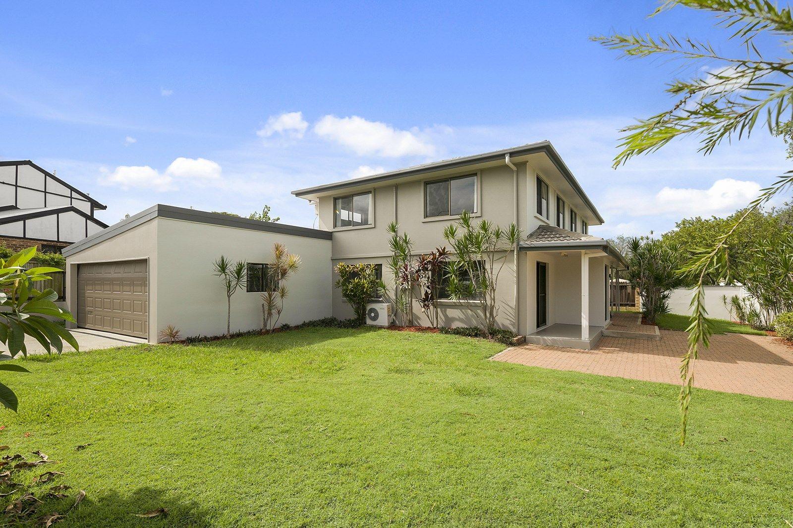 15 Eynsford Street, Carindale QLD 4152, Image 1