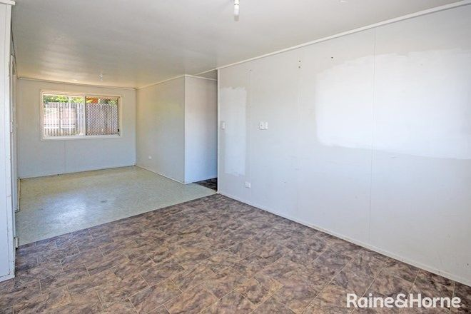 Picture of 9 Broad Street, BRASSALL QLD 4305