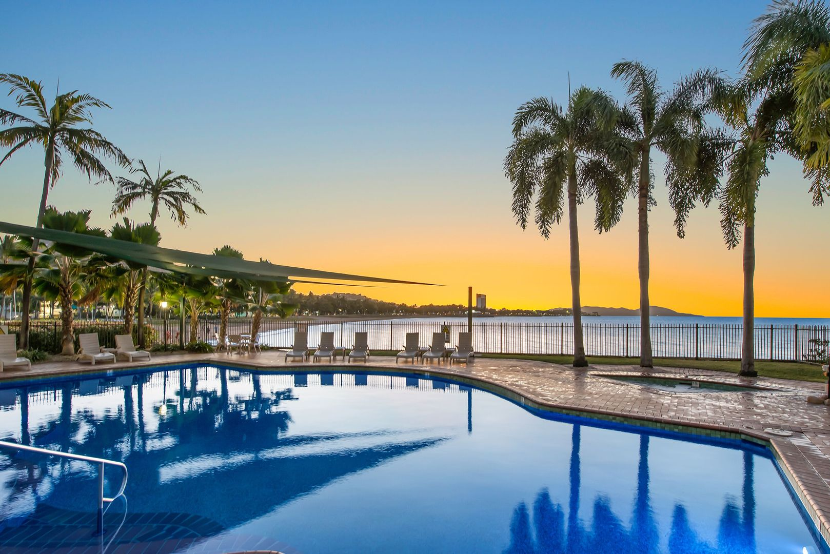 30/7 Mariners Drive, Townsville City QLD 4810, Image 0