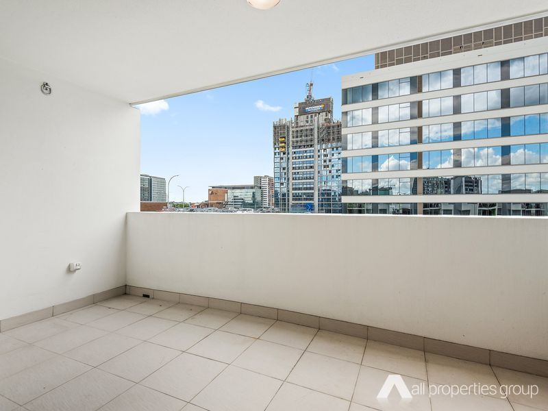 711/82 Alfred Street, Fortitude Valley QLD 4006, Image 2