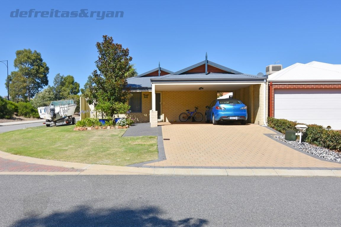 8 Butterfly Loop, Success WA 6164, Image 0