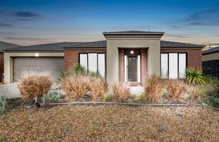 Picture of 6 Field Street, Manor Lakes VIC 3024