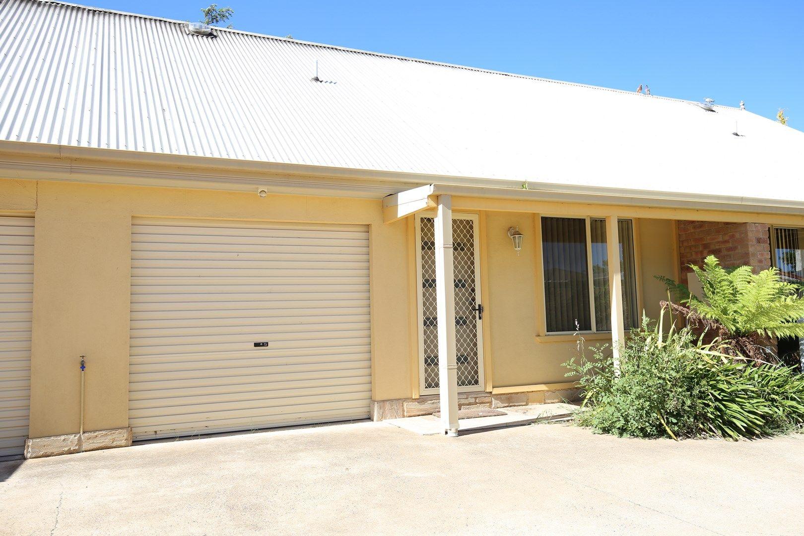 2/35a McLachlan Street, Orange NSW 2800, Image 0