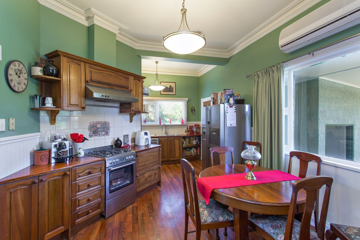 609 Ligar  Street, Soldiers Hill VIC 3350, Image 2