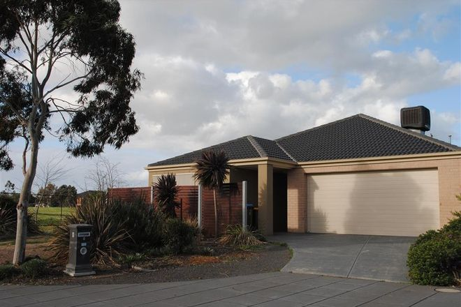 Picture of 8 Sumac Close, POINT COOK VIC 3030