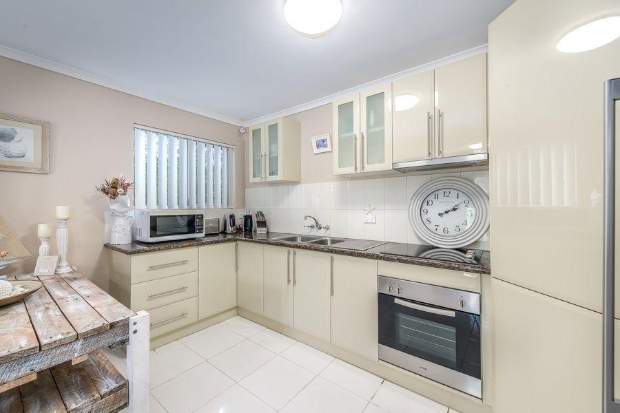 3/10 Madang Crescent, Runaway Bay QLD 4216, Image 1