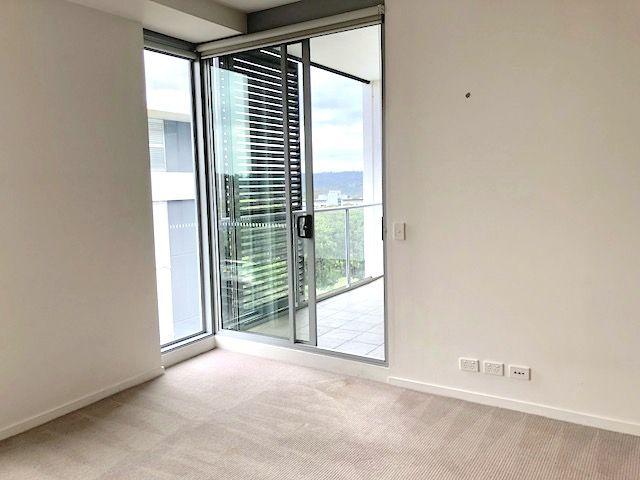 B903/4 Saunders Close, Macquarie Park NSW 2113, Image 2