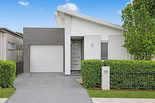 Picture of 54 Village Circuit, GREGORY HILLS NSW 2557
