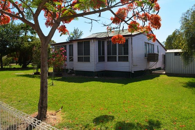 60 Thistle Street, Blackall QLD 4472, Image 0