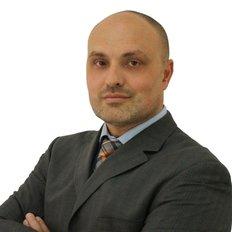 Dean Stojanovski, Principal