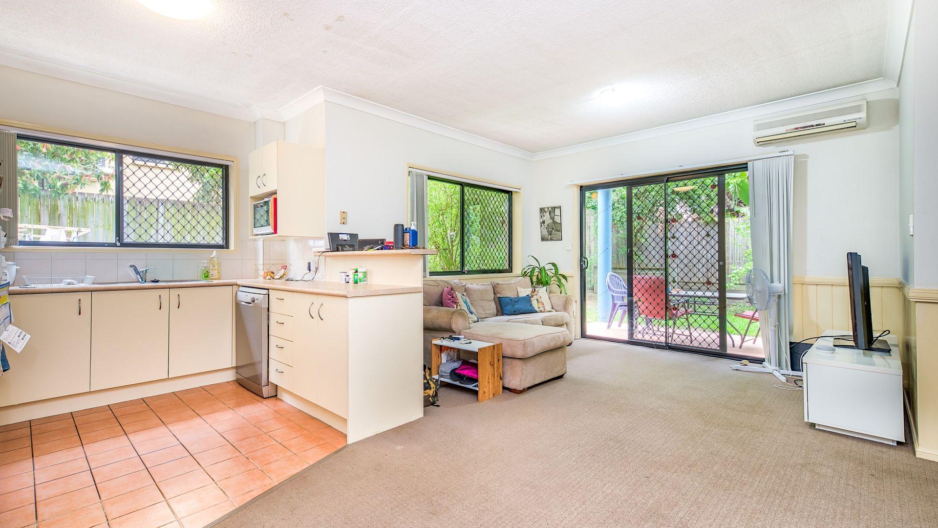 2/68 Longlands Street, East Brisbane QLD 4169, Image 1