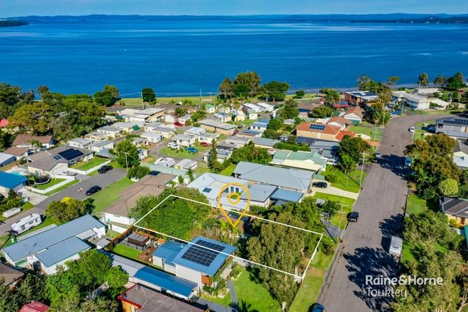 Picture of 25 Kantara Road, CANTON BEACH NSW 2263