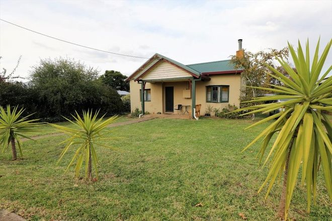 Picture of 16 Back Creek Road, YOUNG NSW 2594