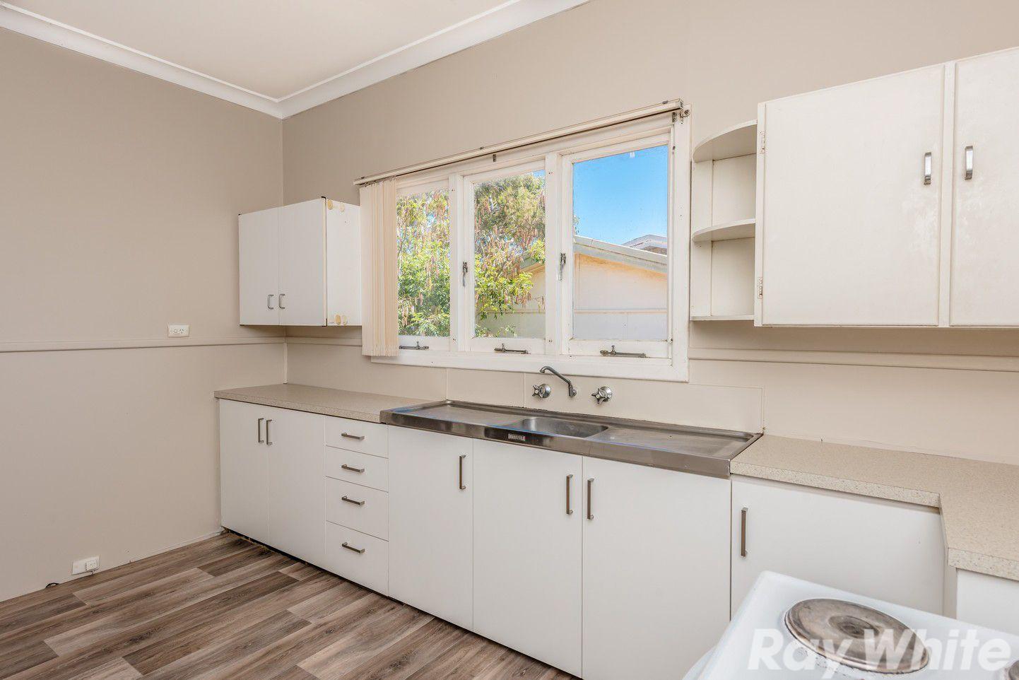 24 Albert Street, Geraldton WA 6530, Image 2
