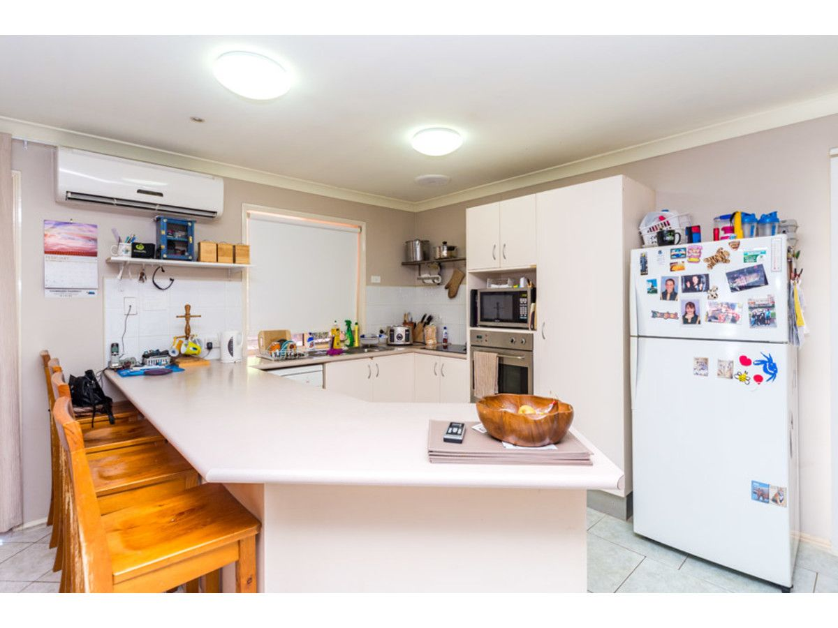 38 Numbat Court East, Coombabah QLD 4216, Image 2