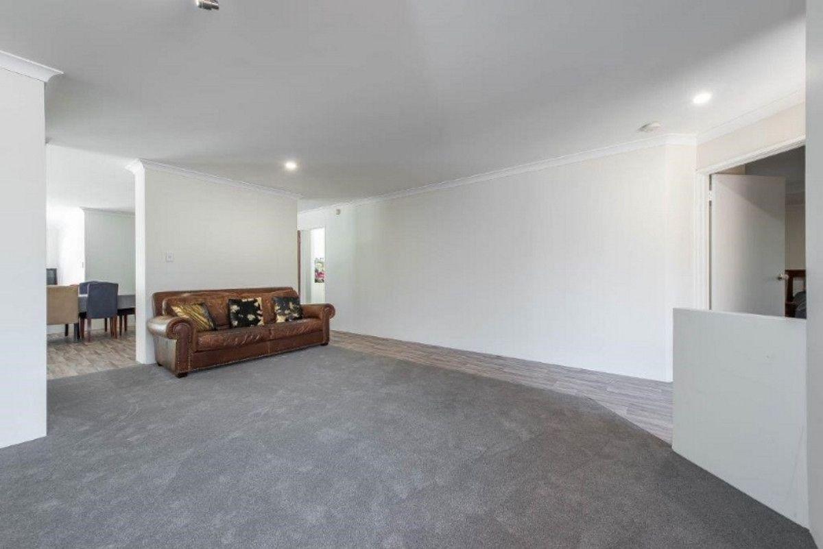 34 Fernhill Avenue, Carramar WA 6031, Image 2