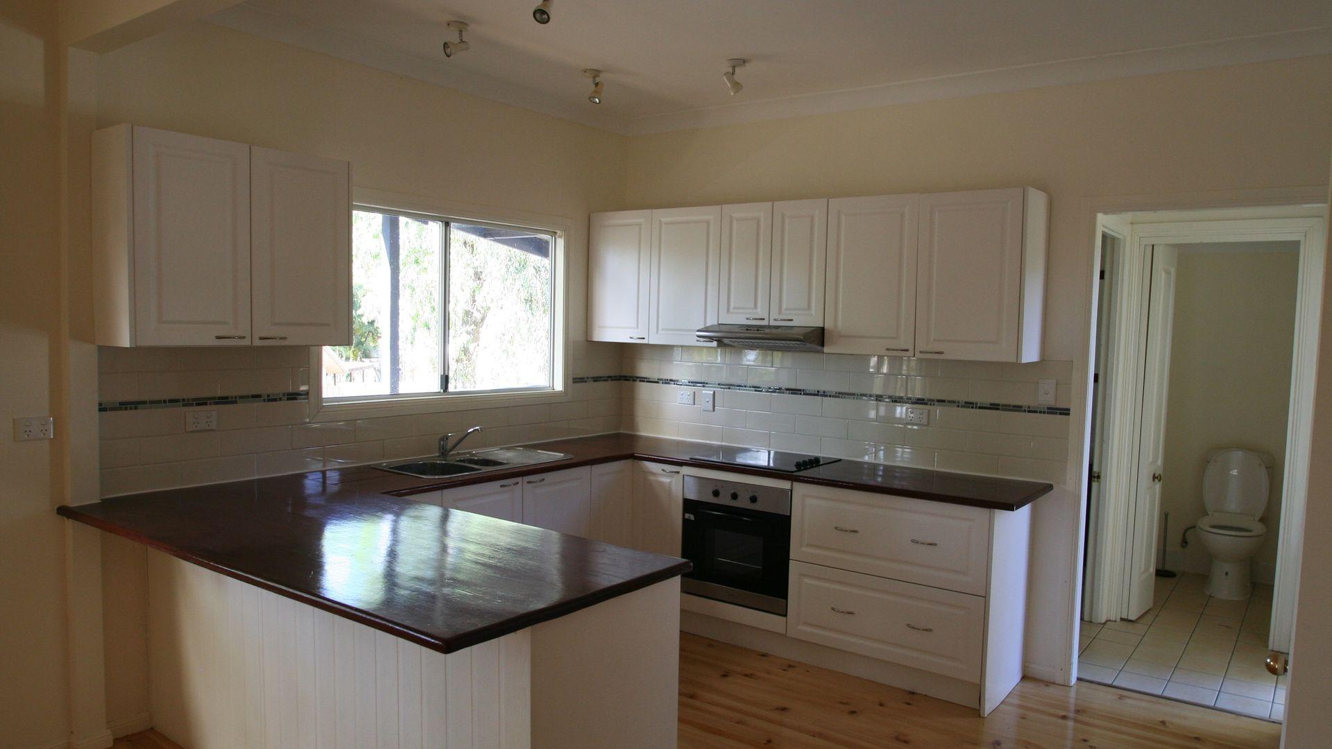 70 Baker Street, Emerald QLD 4720, Image 1