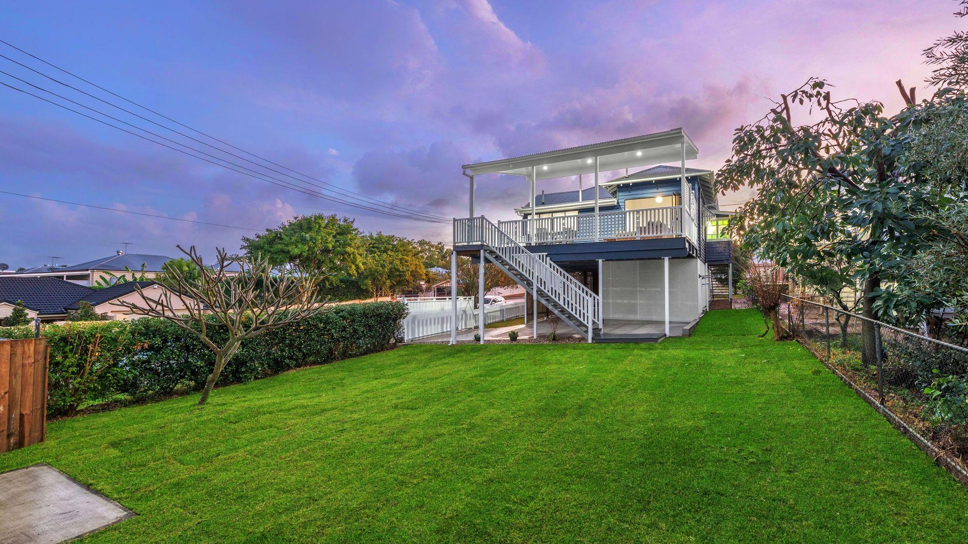 14 Richmond Street, Gordon Park QLD 4031, Image 2