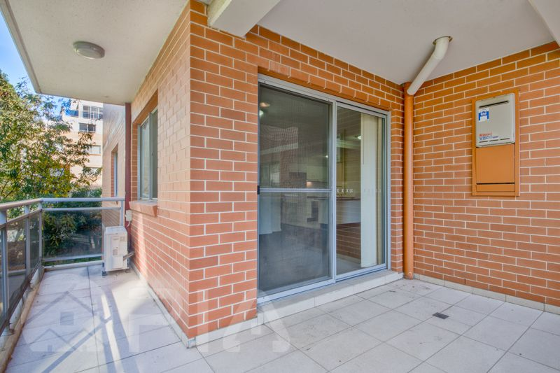 33/8-10 Lachlan Street, Liverpool NSW 2170, Image 2