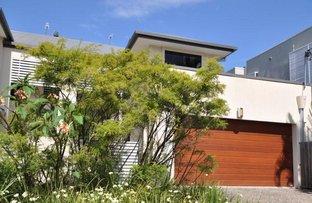 2/5 Sandown Avenue, Bundall QLD 4217
