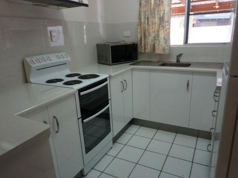 3/4 Dalrymple Street, Bowen QLD 4805, Image 1