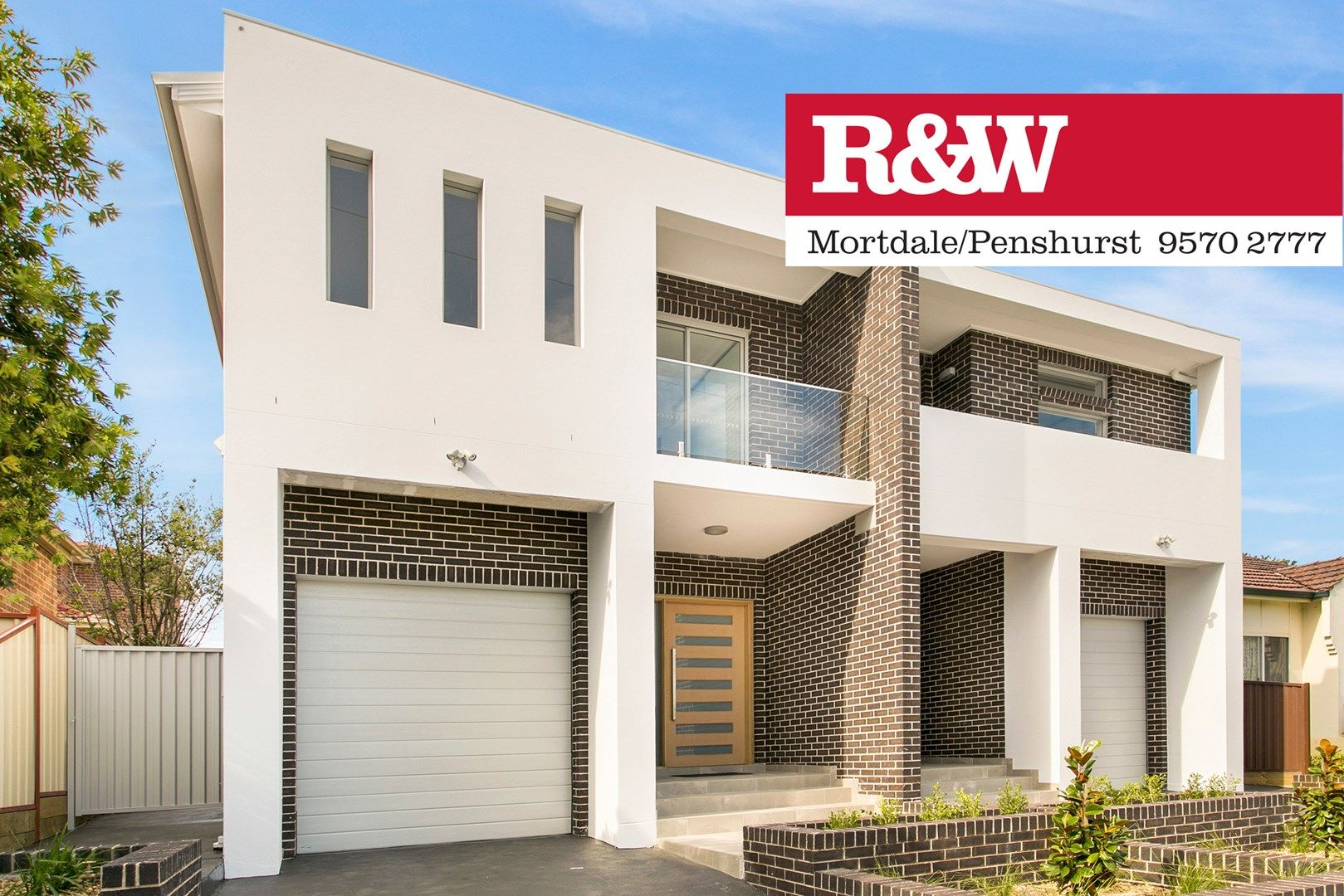 18 Roberts Avenue, Mortdale NSW 2223, Image 0