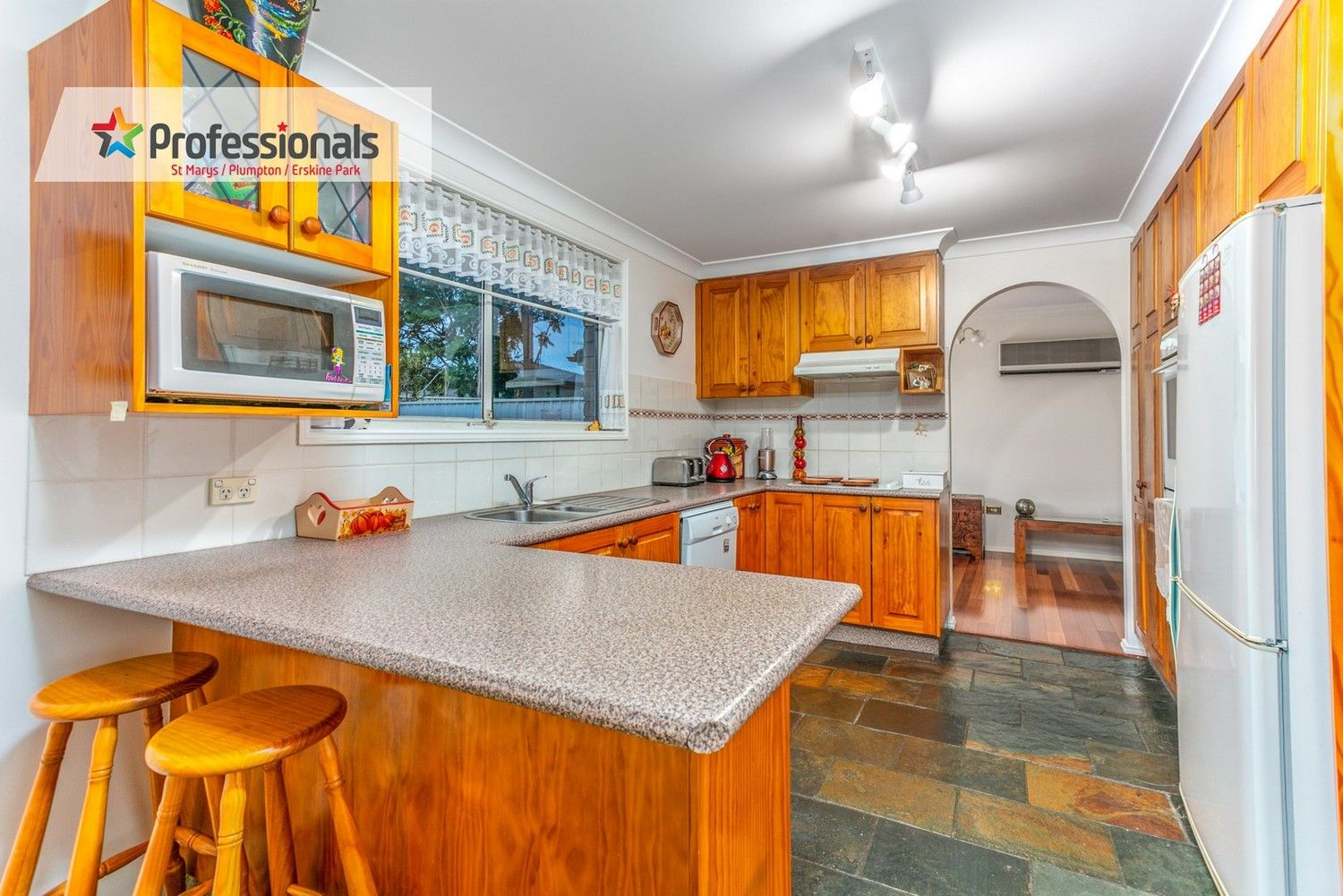 3 Omega Place, St Clair NSW 2759, Image 2