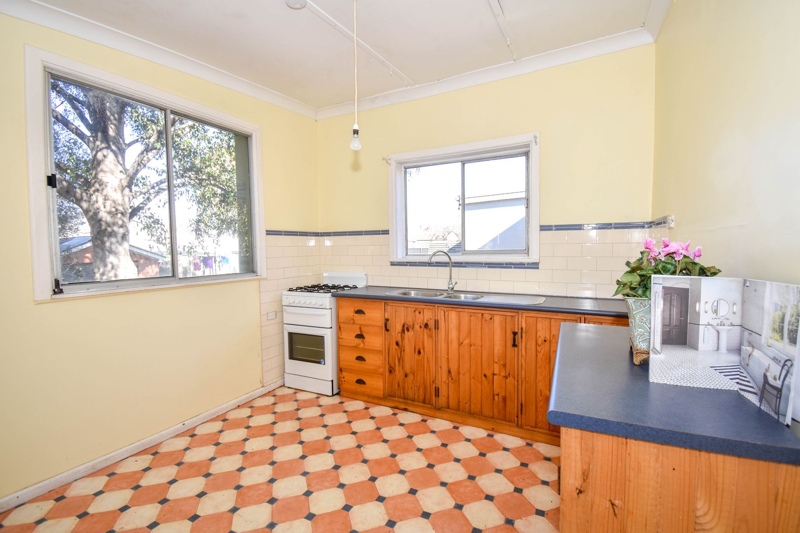 16 Torch Street, South Bathurst NSW 2795, Image 2