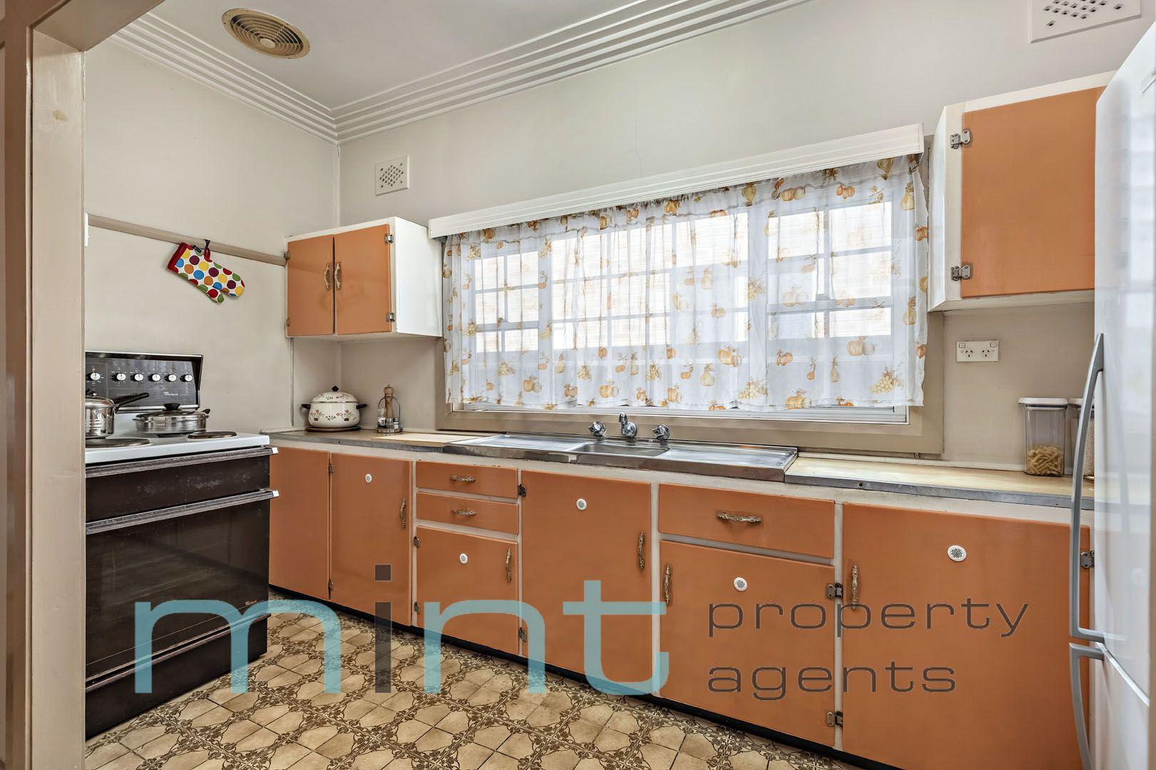 64 Linda Street, Belfield NSW 2191, Image 2
