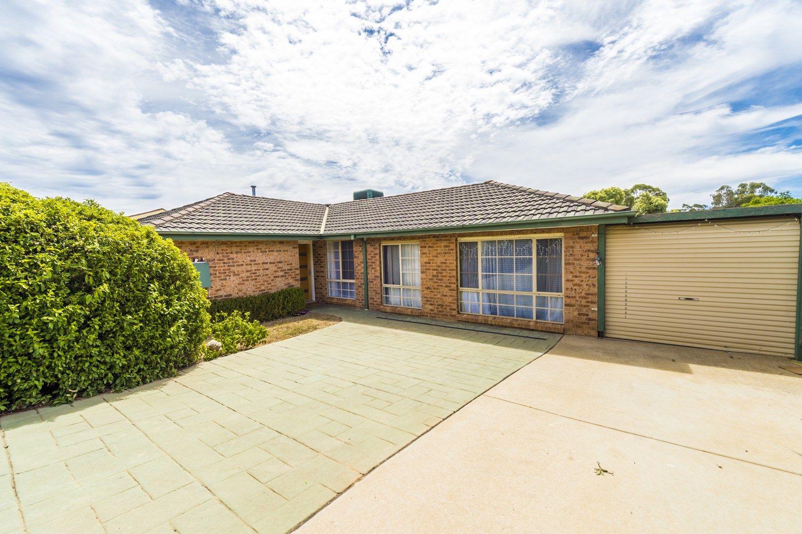 5 Glennie Place, Queanbeyan NSW 2620, Image 0