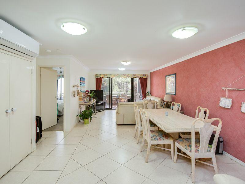 E02/1 Great Hall Drive, Miami, Miami QLD 4220, Image 0