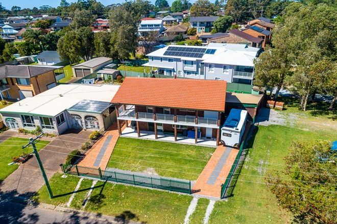 Picture of 44 Peace Parade, TANILBA BAY NSW 2319
