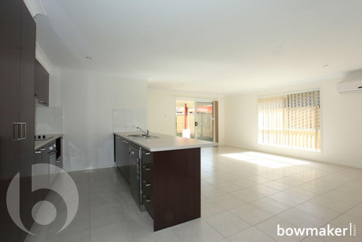 10 Bowerbird Crescent, Dakabin QLD 4503, Image 2