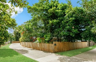 Picture of 1 & 2/98 Reservoir Road, Manoora QLD 4870