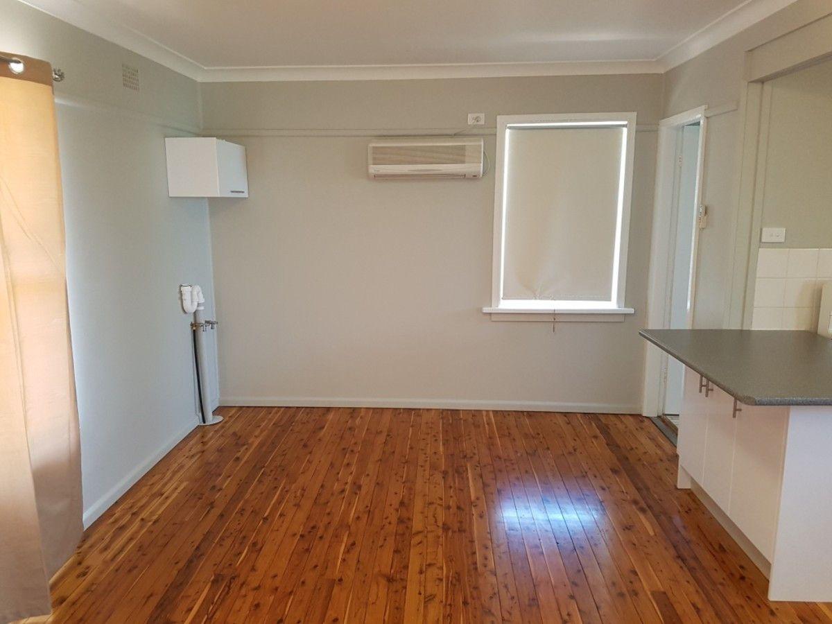 11 Little Beulah Street, Gunnedah NSW 2380, Image 2