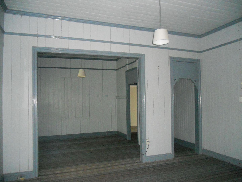2/11 Emma Street, Milton QLD 4064, Image 2