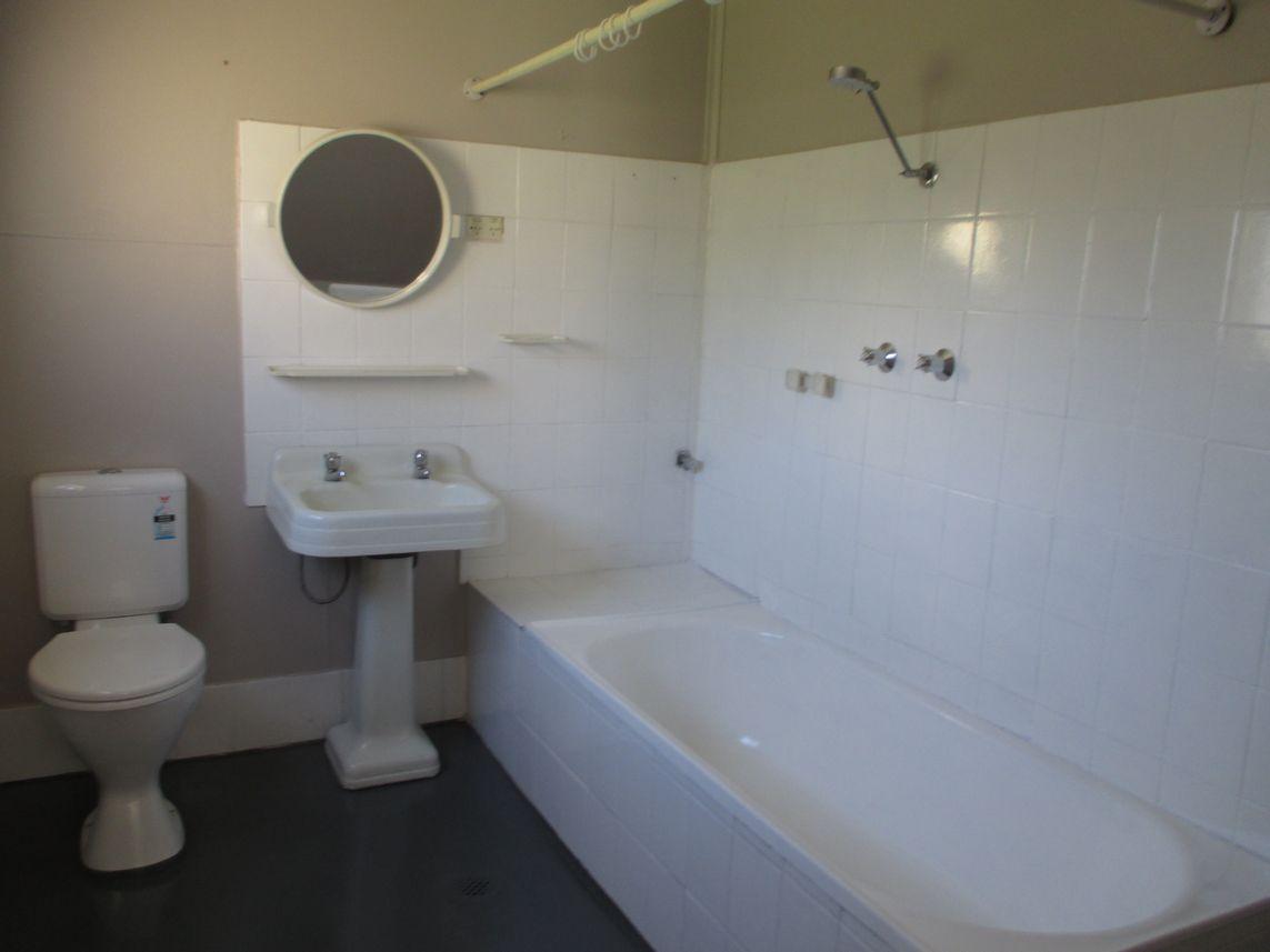 90 Morgan Street, Broken Hill NSW 2880, Image 2