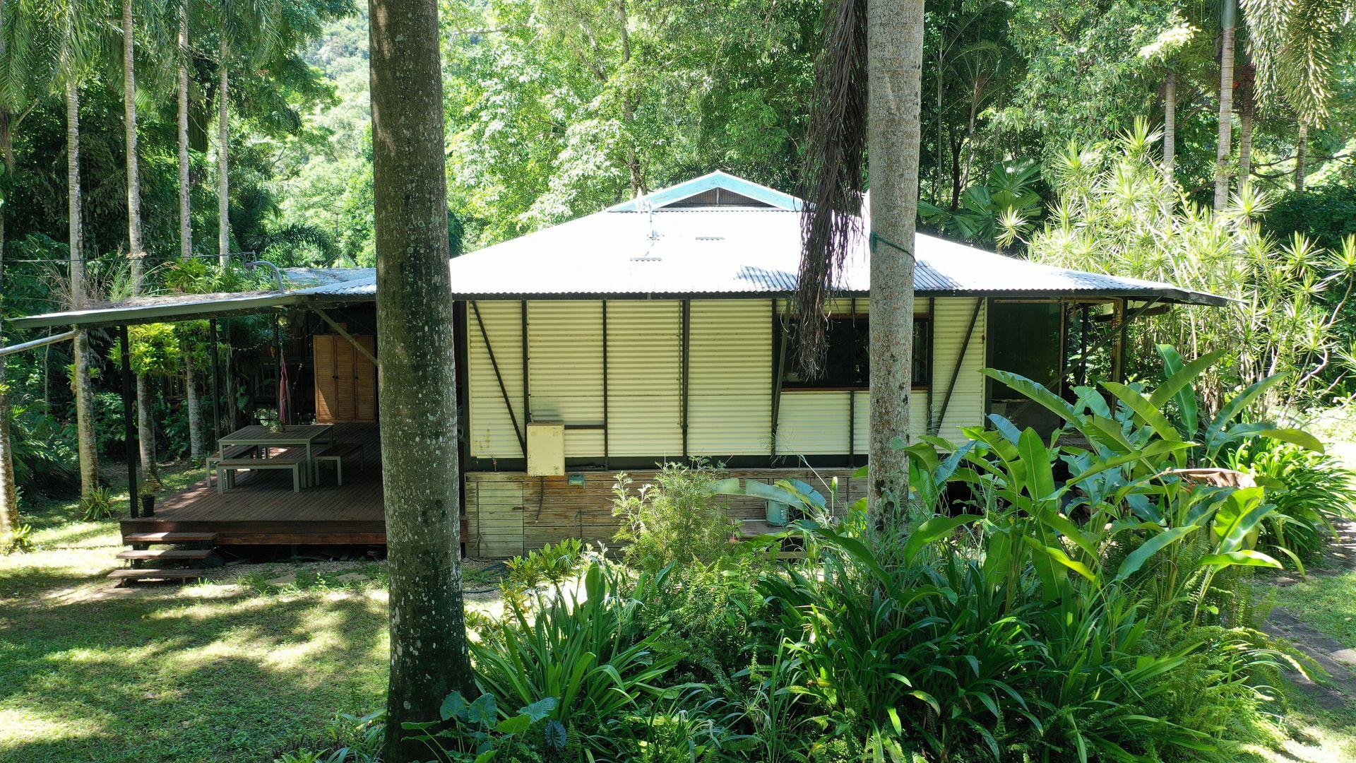 9 Grays Creek Terrace, Mowbray QLD 4877, Image 2