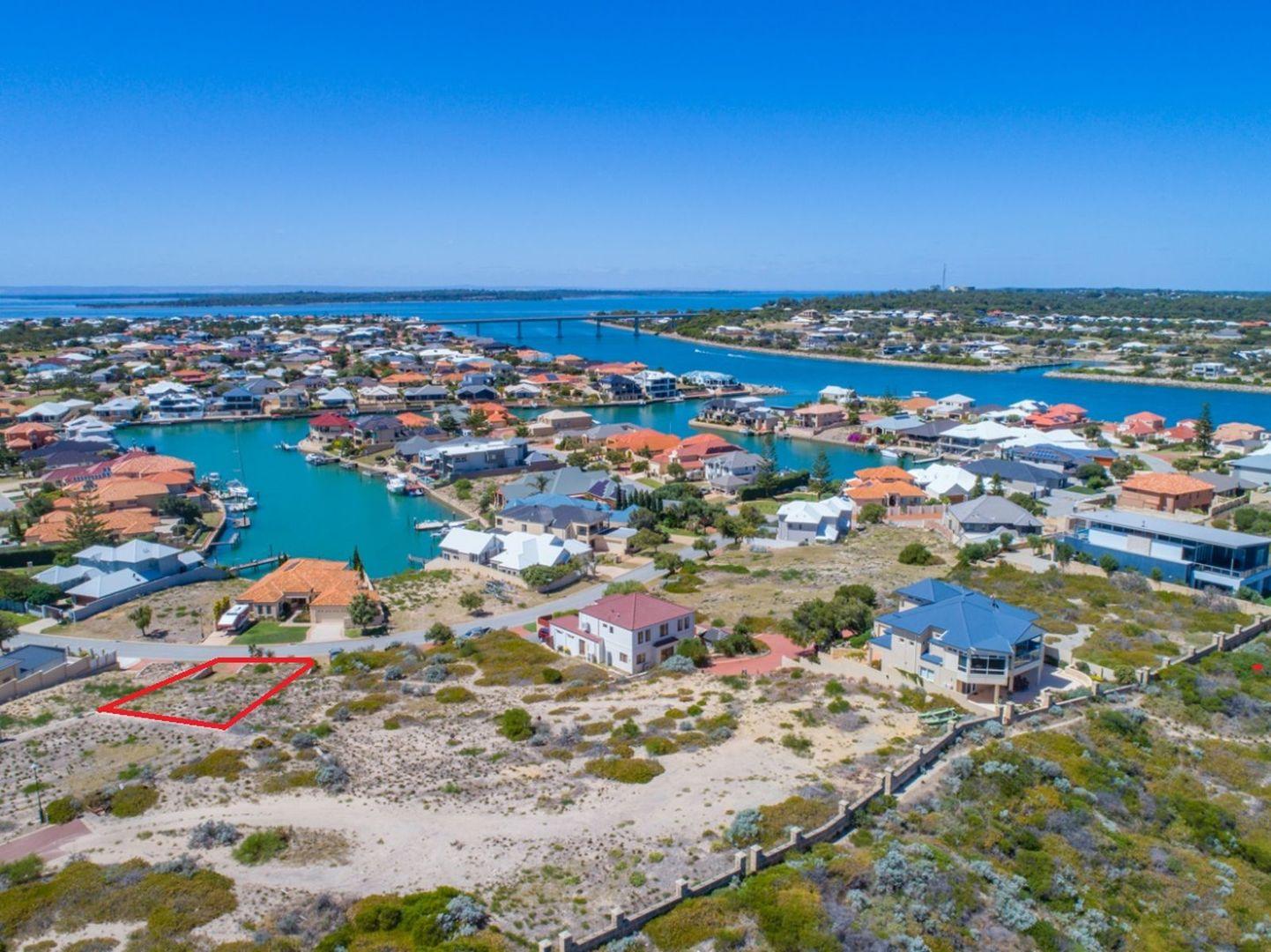 32 Abrolhos Quays, Wannanup WA 6210, Image 1