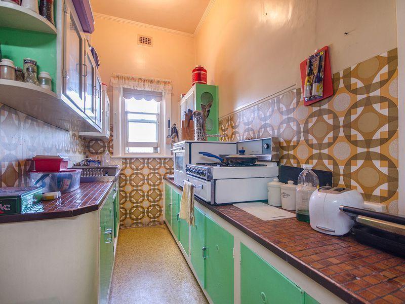 52 Selth Street, Albert Park SA 5014, Image 2